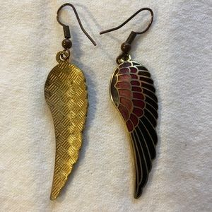 Metal, multi colored, feather earrings.